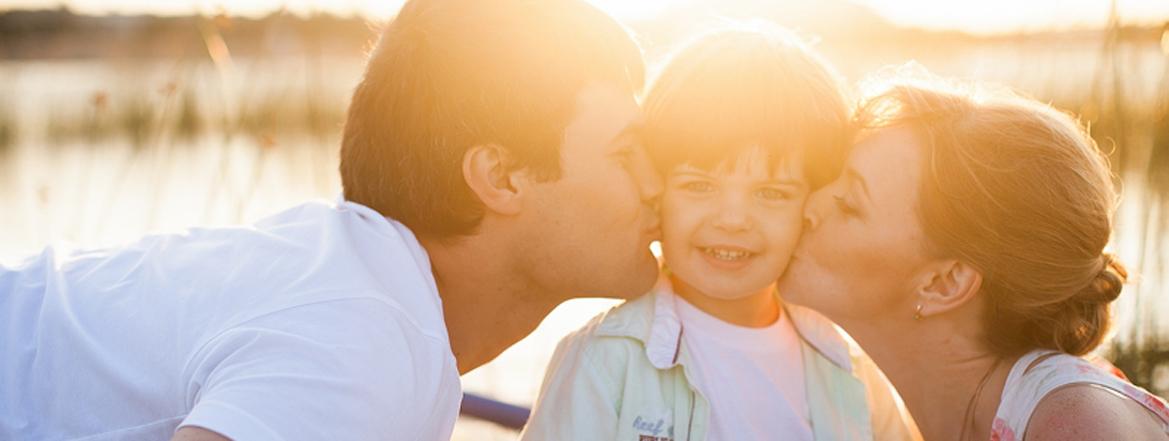 поцелуй родителей