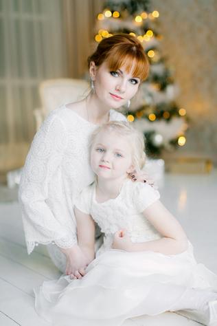 мама дочь в студии новый год