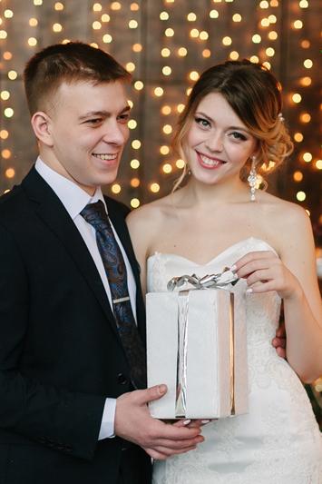 фотосессия свадьбы в студии в новый год