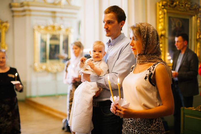 крещение в храме митино